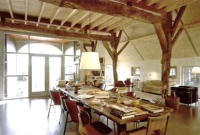 de voormalige deel, nu een grote leefruimte, 2001